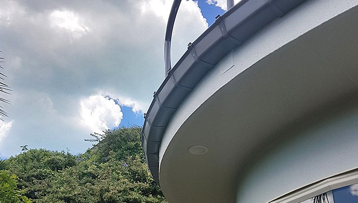 curved gutters